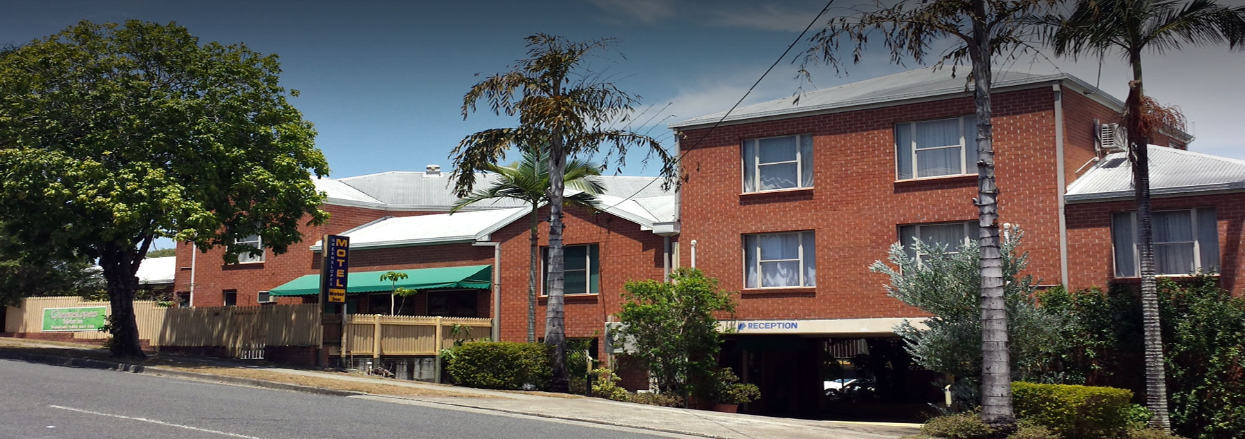 Greenslopes Motor Inn Banner